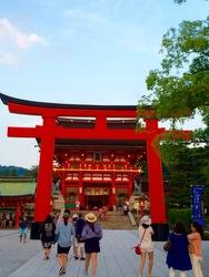 伏見稲荷2.jpg